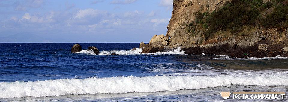 Le 5 insenature più belle dell'isola d'Ischia