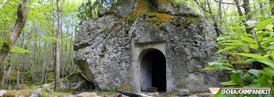 Il tufo verde, la pietra preziosa dell'isola d'Ischia