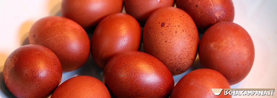 La tradizione delle uova rosse nella Pasqua di Ischia