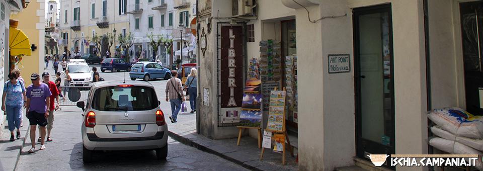 Vacanza a Ischia: con l'auto o senza?